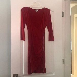 Red guess dress size small.